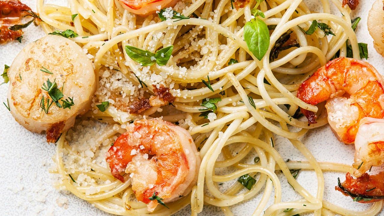 Lemony Shrimp & Sungold Tomato Pasta Image