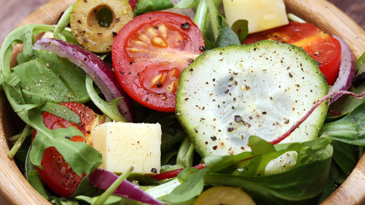 Leafy Italian Salad with Red Onion & Green Olives Image