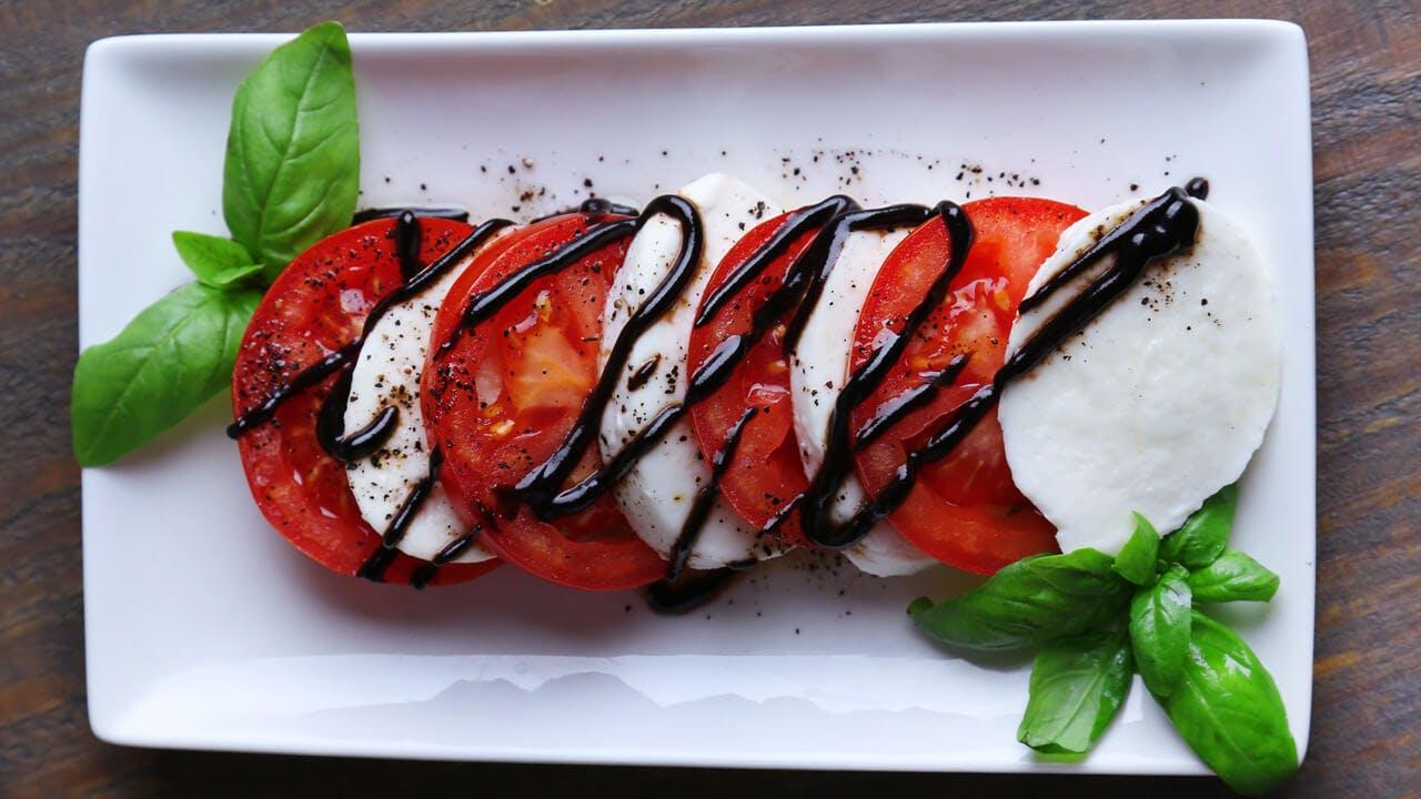 Heirloom Caprese Salad Image